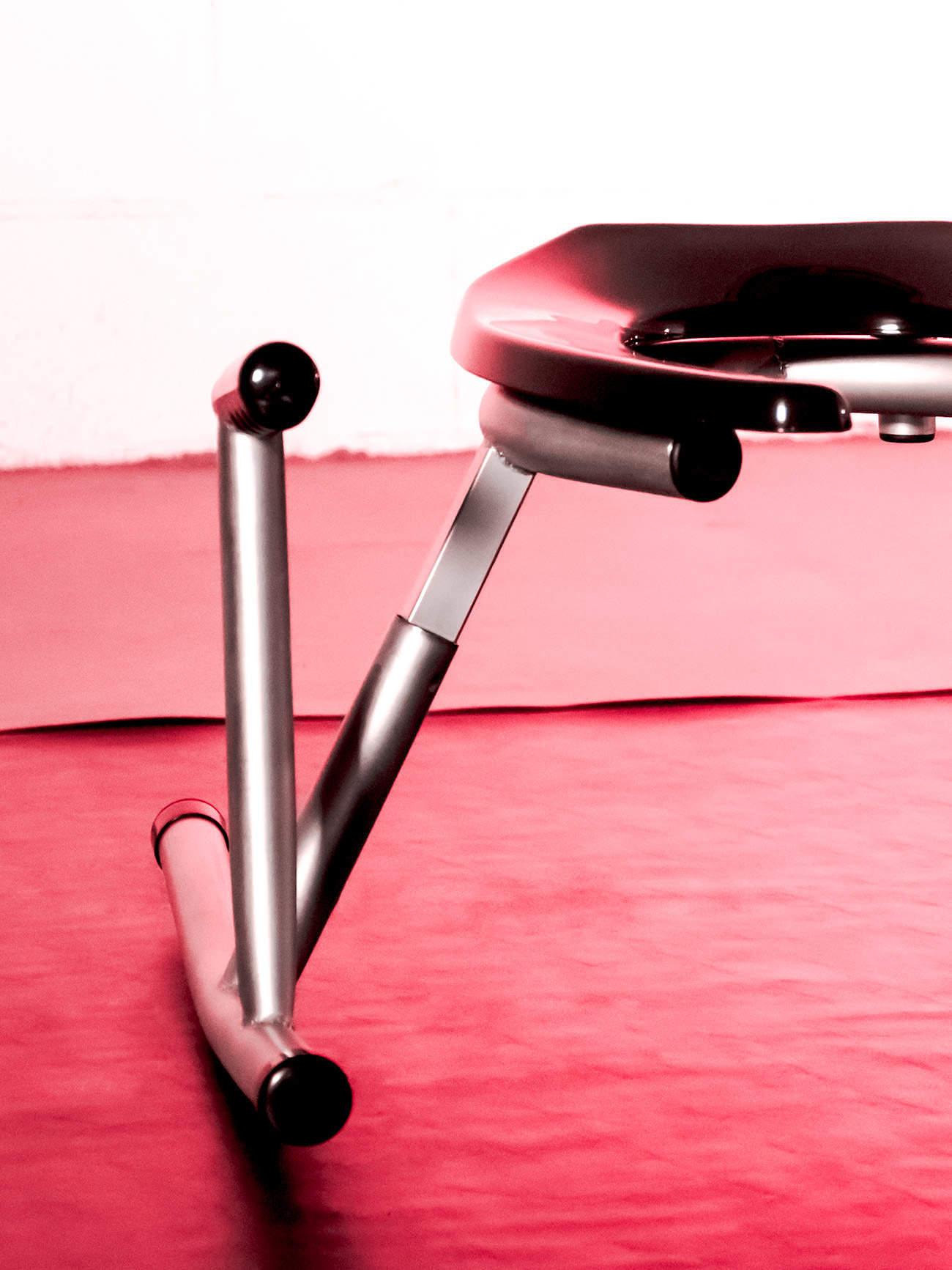 JimSupport Rim Rocker Rim Seat Handle Detail