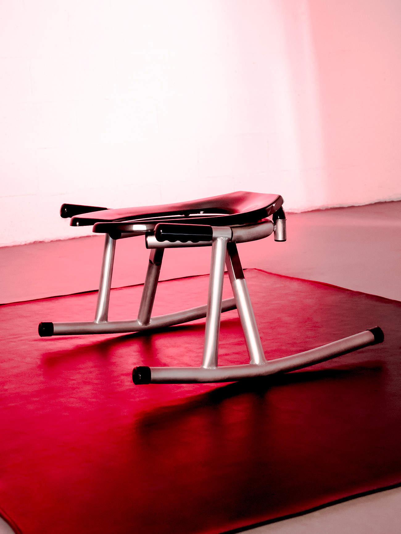 JimSupport Rim Rocker Rim Seat, Side View