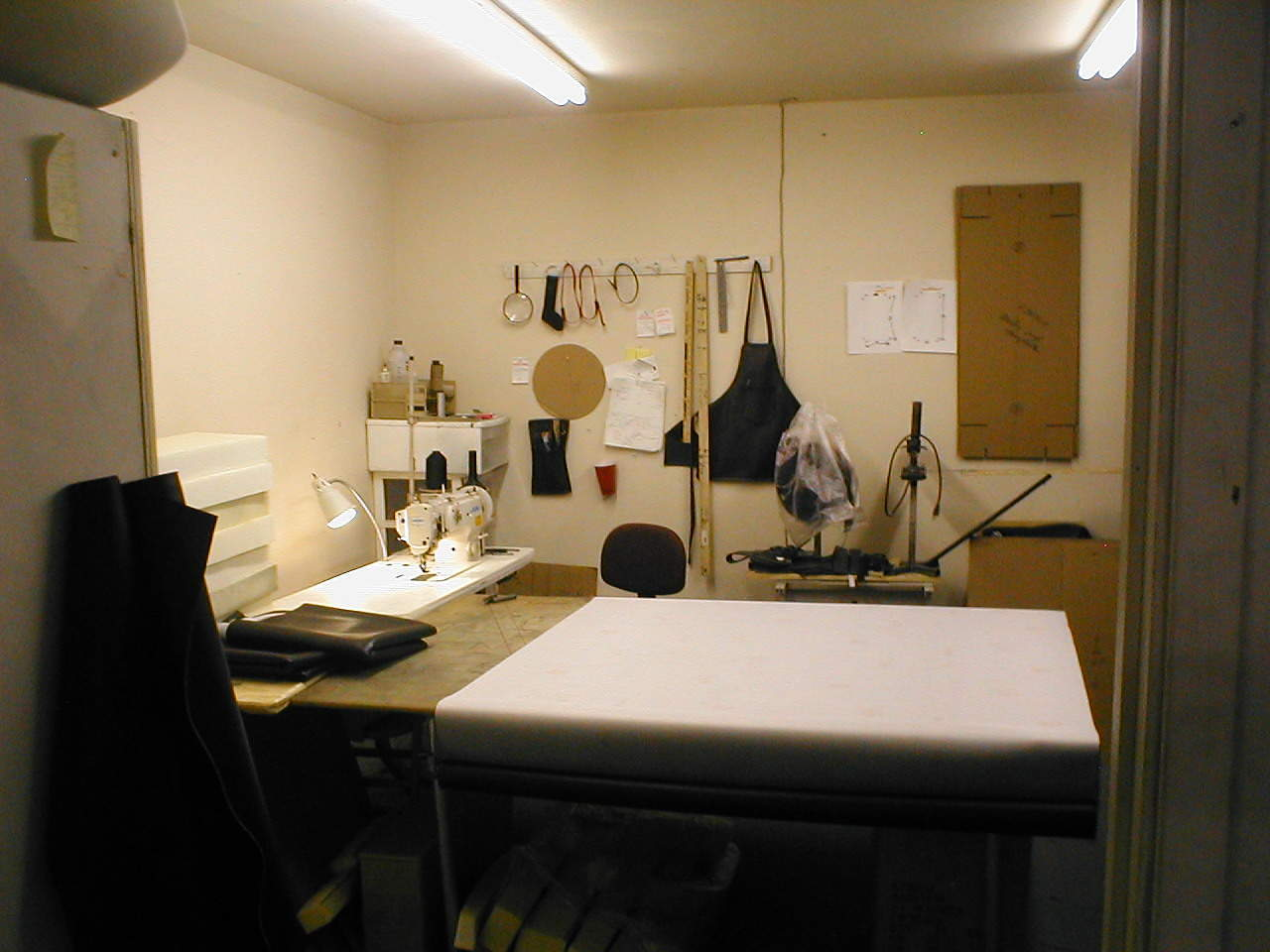 JimSupport Sewing Room