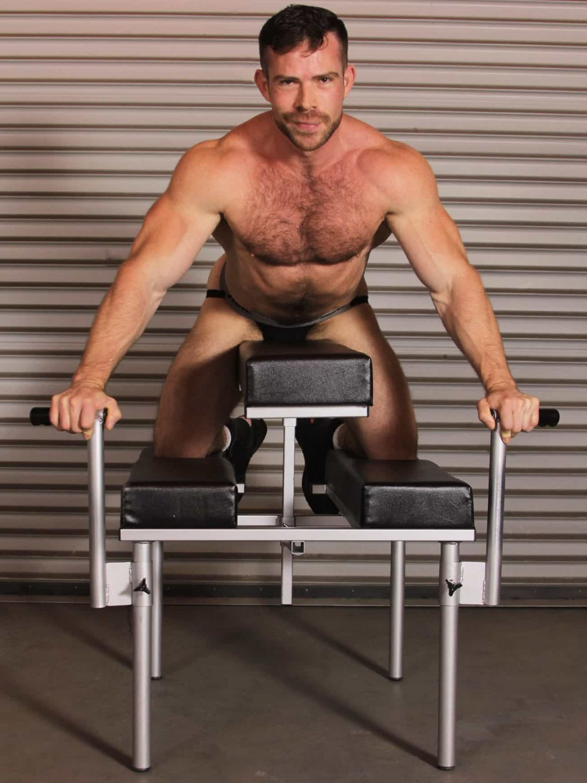 JimSupport Fuck Bench, Model Liam Knox